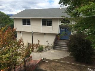 4360 Oak Avenue, Lakeport CA