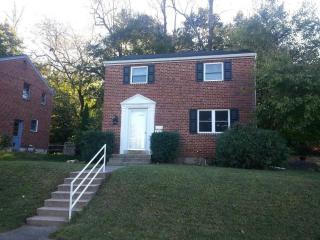 424 Hillside Rd, New Cumberland, PA 17070