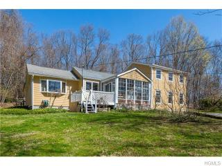 10 Blueberry Hill Road, Mahopac NY