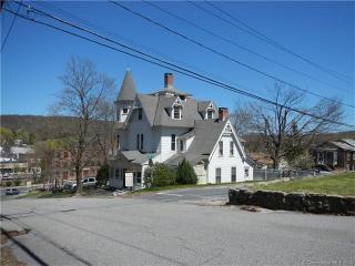 29 Bridge Street, Winsted CT