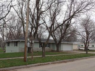 407 North 1st Street, Pierce NE