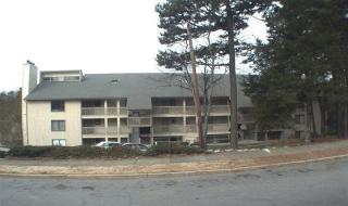 3061 Huntleigh Dr, Raleigh, NC 27604