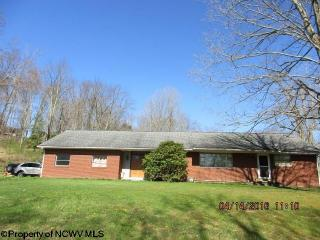 65 Hoovertown Road, French Creek WV