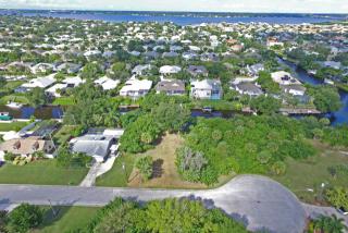 4611 3rd Avenue E #236, Bradenton FL
