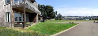1080 Bay St, Florence OR  97439-9322 exterior