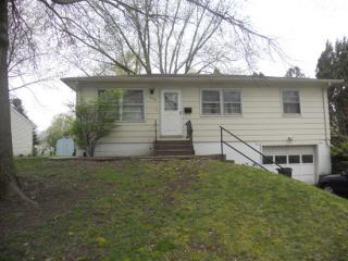 2110 North Fairmount Street, Davenport IA