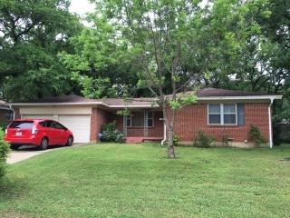801 Oakwood Drive, Euless TX