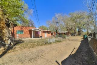 5721 Isleta Boulevard Southwest, Albuquerque NM