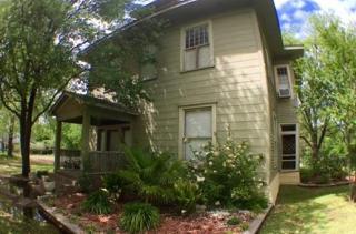 1606 Bonham Street, Commerce TX