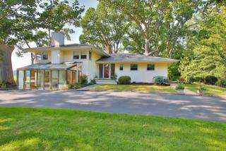144 Black Point Rd, Rumson, NJ 07760