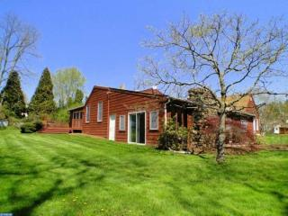495 Cherry Tree Road, Upper Chichester PA