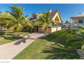 18211 Deep Passage Lane, Fort Myers Beach FL