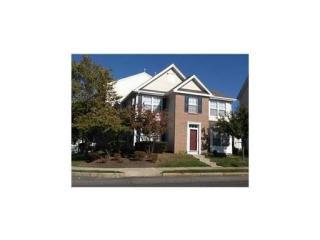 1 Woodlake Dr, Parlin, NJ 08859
