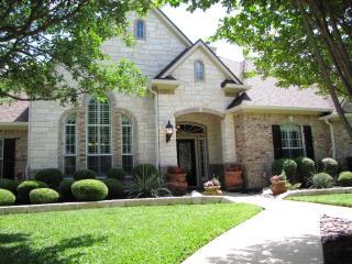 106 Shady Grove, Georgetown TX