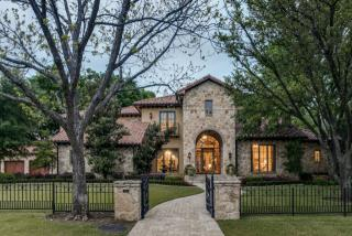 4463 Brookview Drive, Dallas TX