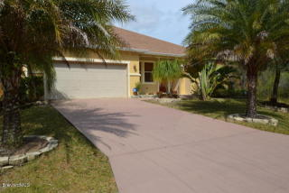 2288 Santa Maria Ave SE, Palm Bay, FL 32909