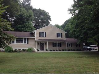 25 Greentree Drive, Waterford CT
