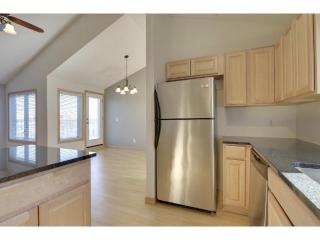 1806 Skyline Curv #806, Minneapolis, MN 55411