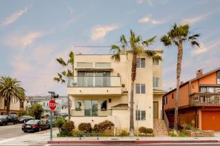 100 8th Street, Hermosa Beach CA