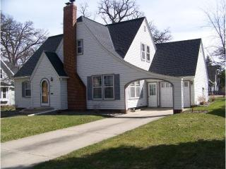 425 Franklin Street Southwest, Hutchinson MN