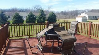 5601 Meadow Ln, Coloma, MI 49038