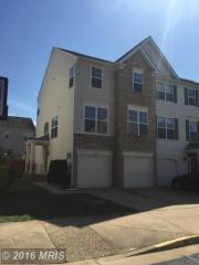 43704 Scarlet Sq, Chantilly, VA 20152