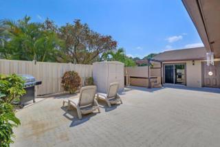 5280 Eagle Lake Drive, Palm Beach Gardens FL