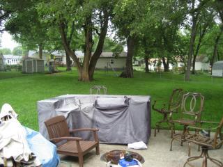 8514 W 86th Ter, Overland Park, KS 66212