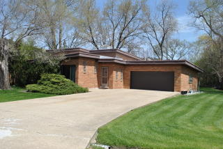 3750 Greenleaf Drive, Northbrook IL