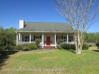 592 Balcombe Rd, Rocky Point, NC 28457