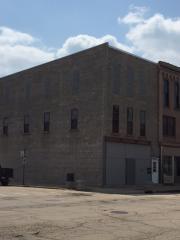 101 W Main St #2, Morrison, IL 61270