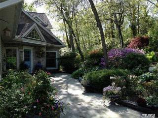 8 Spring Hollow Road, Centerport NY