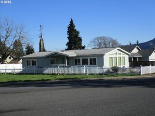 633 Estes Avenue, White Salmon WA