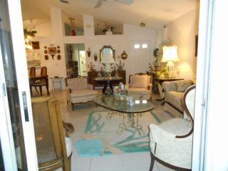 124 Rosewood Lane, Greenacres FL
