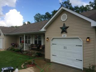652 Eagle Ridge Dr, Union, MO 63084