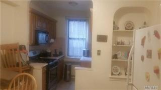 15501 90th Ave #2M, Queens, NY 11432