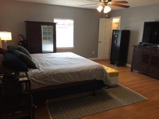 6464 Avenue B, New Orleans, LA 70124
