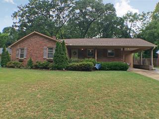 1127 Perkins Terrace, Memphis TN