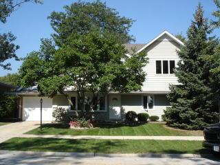 15570 Natalie Drive, Oak Forest IL