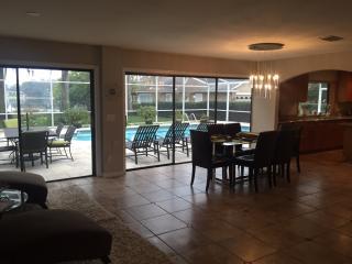 3904 Lake Sarah Dr, Orlando, FL 32804