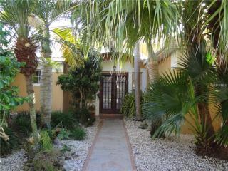 1266 Reserve Drive, Venice FL