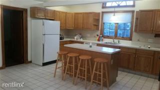 163 Bradley St, New Haven, CT 06511