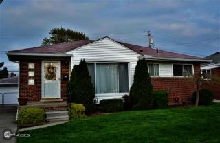 25530 Harmon Street, Saint Clair Shores MI