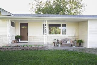 16095 Old Creal Springs Road, Marion IL