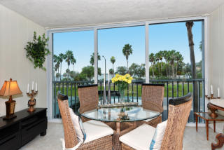435 South Gulfstream Avenue #203, Sarasota FL