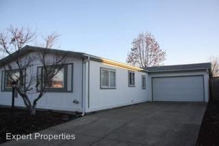 555 Freeman Rd #191, Central Point, OR 97502