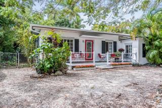 5950 Southwest 46th Street, Miami FL