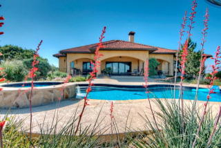 734 Twin Springs Road North, Kerrville TX