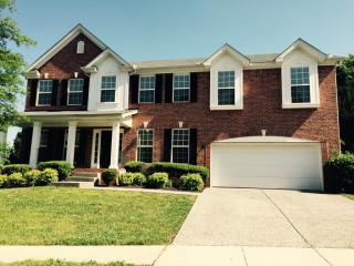 325 Forest Bend Dr, Mount Juliet, TN 37122