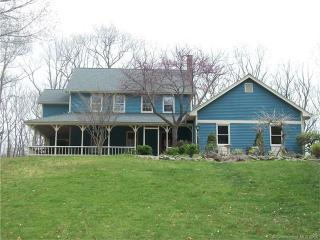 24 Genesee Lane, Madison CT